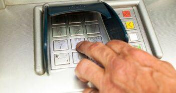 Geschäftskonto eröffnen: Checkliste für den Konten-Vergleich