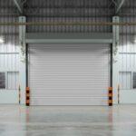 Rolltore und Sektionaltore für Produktions- und Lagerhallen: Unternehmen investieren gezielt