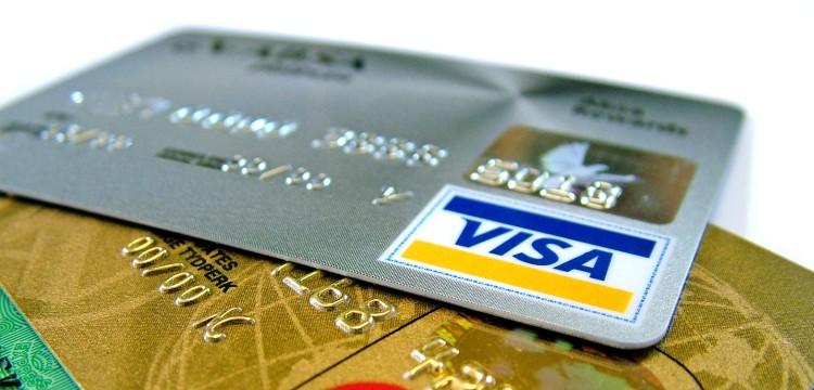 """Platinum Plastik-Card von AMEX: Besser als Visa """"Infinite Card""""?"""
