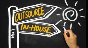 Outsourcing oder Insourcing? Was wird im Hause erledigt und was soll ausgelagert werden? Und – ist das überhaupt sinnvoll? (#2)