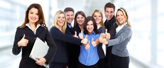 Auch wenn mit der klassischen Businesskleidung in den meisten Branchen das Auftreten gegenüber anderen Menschen positiv beeinflusst wird, gelten für einige Branchen andere Regeln.