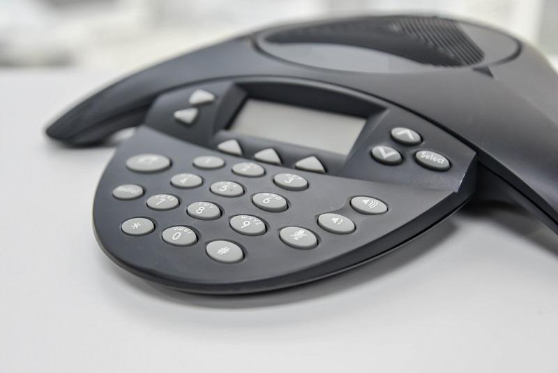 Lohnenswert ist der Blick auf eine Software-Telefonanlage, die im Unternehmen zum Einsatz kommen kann. (#03)