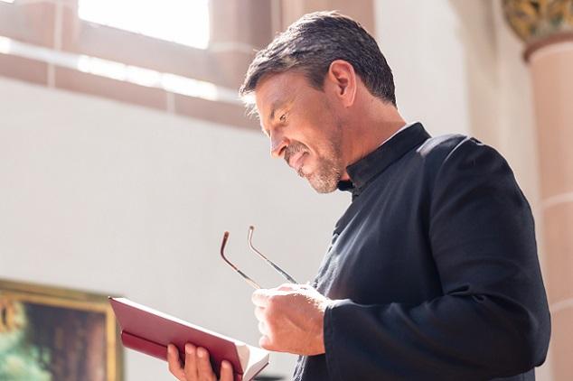 Für Mitglieder von Religions- und Glaubensgemeinschaften, die als Geistliche in den USA arbeiten wollen. (#03)