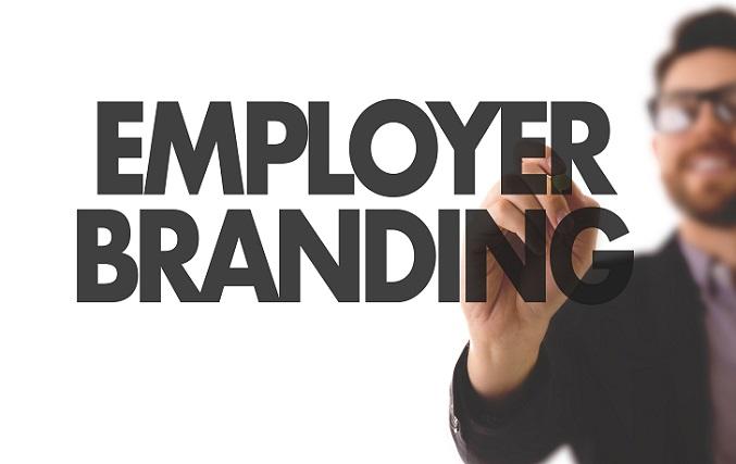Die Identifikation der Mitarbeiter mit dem eigenen Unternehmen ist in Start-ups meist sehr hoch. Dieser Stärke sollte für das Employer Branding unbedingt genutzt werden. Denn die besten Markenbotschafter für einen Arbeitgeber sind selbstverständlich die Mitarbeiter selbst. (#03)