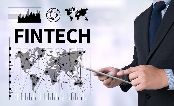 FinTech ist ein Sammelbegriff, der für alle Technologien verwendet wird, die sich im Bereich der Finanzdienstleistungen befinden. (#01)