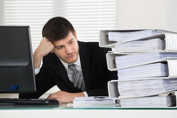 Selbständige Arbeit kann sich durchaus lohnen und Spaß machen. Auch wenn freie Zeiteinteilung und Unabhängigkeit verlockend erscheinen, ist es trotzdem nicht für jeden geeignet. (#06)