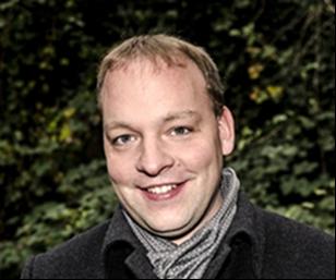 Geschäftsführer Fabian Simon strahlt mit seinem Lächeln, Bodenständigkeit und Besonnenheit aus.