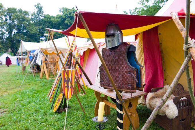 Ein iedealter Ort zum verkaufen des selbstgemachten Schmuckes: ein Mittelaltermarkt! (#3)