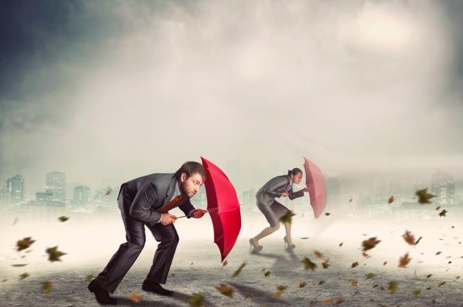 """Auch im Bereich des Krisenmanagements ist der Begriff """"Lean"""" ein Thema. Ist ein Konzern bereits ins Straucheln geraten und kann beim harten Wettbewerb nicht mehr mithalten, sind neue Ideen und Wege gefragt, oft auch der sprichwörtliche Rettungsschirm. (#5)"""