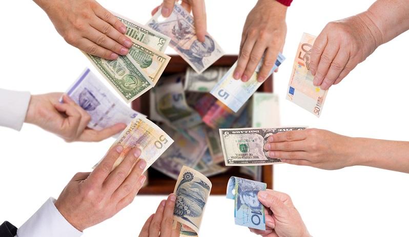 Die Kernidee des Crowdfundings setzt bei einer Gruppe von Menschen (einer Crowd) an, die gemeinsam ein Vorhaben, beispielsweise ein Start-up oder ein Projekt, finanzieren. (#01)
