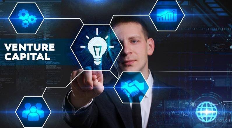 Venture Capital fließt nicht in allen Unternehmensphasen, außerdem unterscheiden die geldgebenden Gesellschaften auch zwischen verschiedenen Branchen, die hier an den Start gehen wollen. (#01)