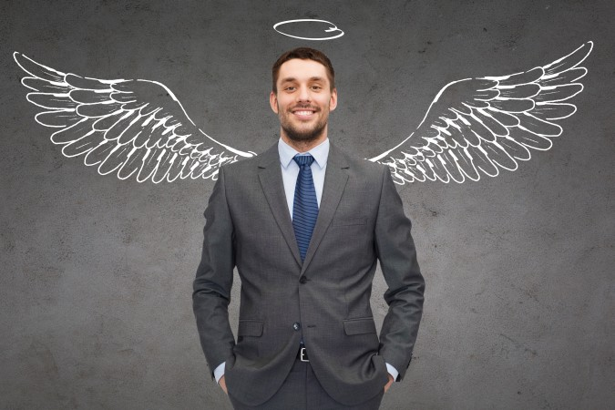 Ein Business Angel (Unternehmensengel) ist zumeist eine Privatperson, die sich zu einer sehr frühen Phase finanziell am Unternehmen beteiligt und die Unternehmensgründer zu Beginn ihres Start-ups somit stark unterstützt. (#4)