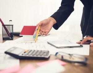 Der Buchwert ist der Wert eines Unternehmens, der in der Bilanz als Eigenkapital angegeben wird. (#04)