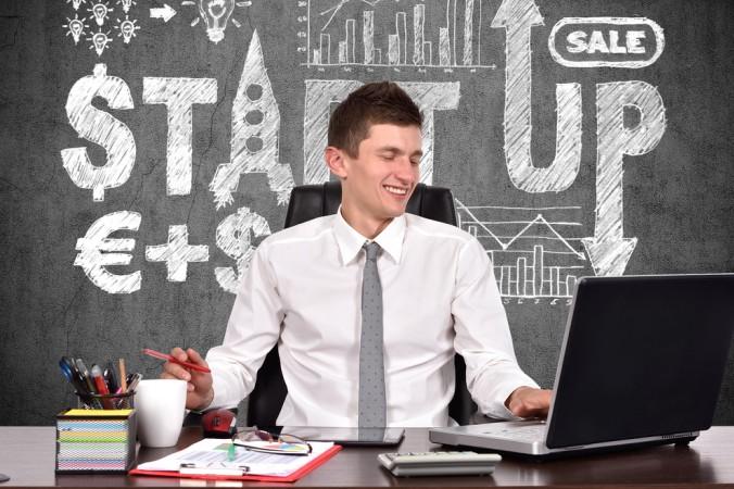 Viele junge Menschen träumen vom eigenen Start-Up. Eine Unternehmnesgründung ist heutzutage nicht mehr alzu schwer - doch wo kommt die nötige Finanzierung her? Was ist bei der Suche nach passenden Finanzquellen zu beachten? (#1)