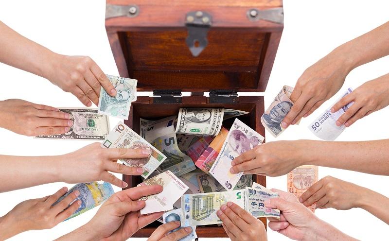 Eines der aus der digitalen Transformation resultierenden neuen Geschäftsmodelle ist das Crowdfunding. (#02)