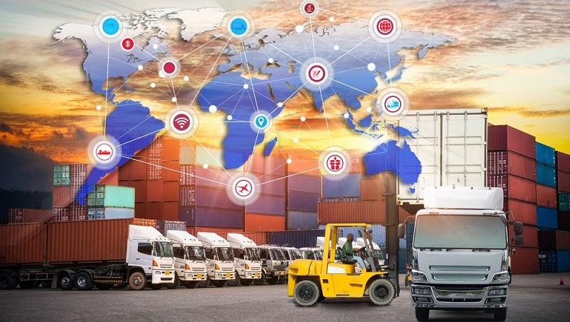 Die Logistikbranche wird zunehmend globaler ausgerichtet und vernetzt sich. Daher ist die Digitalisierung in all ihren Facetten 2018 immer noch einer der großen Trends der Branche. (#01)