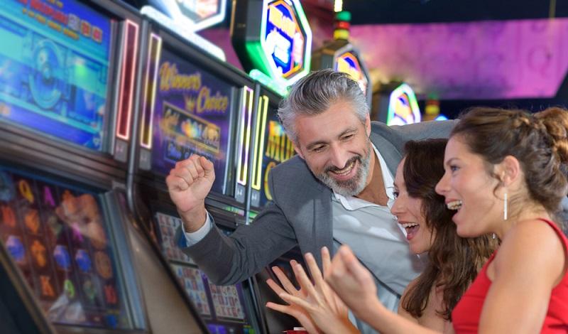 Spielhallen, Wettbüros und ähnliche Orte besitzen einen negativen Ruf und die Erteilung von städtischen Konzessionen ist schwierig. (#4)