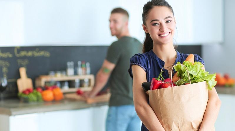 Nachdem sich der Kunde zum Kauf entschlossen hat, beginnt die Verbrauchsphase. Auch hierbei haben die Käufer hohe Anforderungen an die Verpackung. (#02)