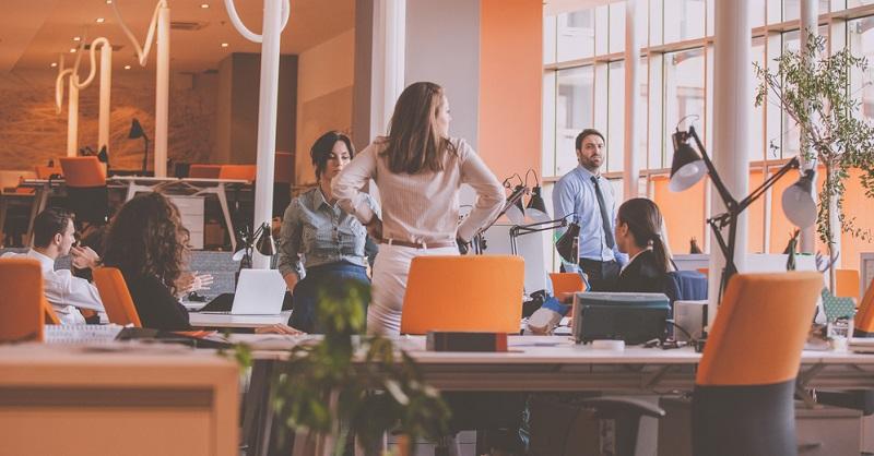 Der Zugriff auf die Daten von außen aus dem Homeoffice oder Coworking-Space ist gegeben. Das ist besonders zum Start des Unternehmens günstig, um sich die Miete teurer Büroräume zu sparen.