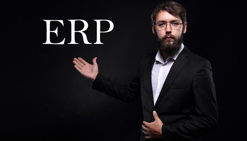 Ein ERP-System bietet dem Vertrieb eines Unternehmens umfangreiche Daten zu Kunden bzw. Interessenten, die es ihm ermöglichen die Kommunikation ganz individuell auf deren unterschiedliche Präferenzen abzustimmen. (#01)