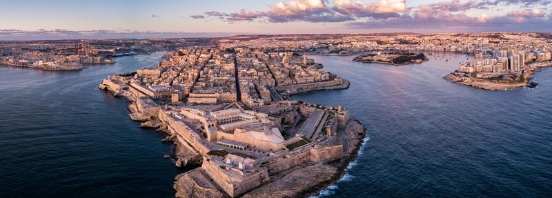 Einige deutsche Existenzgründer setzen auf eine Limited. Die gibt es auch in Malta - wo das Wetter bekanntermaßen wesentlich besser ist als in England.