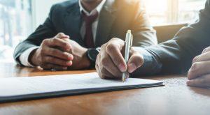 Der Gesellschaftsvertrag der Kommanditgesellschaft regelt alle Details der Ausgestaltung. (#1)
