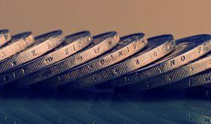 Mahnbescheid oder Klage-Verfahren? Der Mahnbescheid gibt dem Schuldner die Möglichkeit, mit seinem Widerspruch Zeit zu gewinnen. (#1)