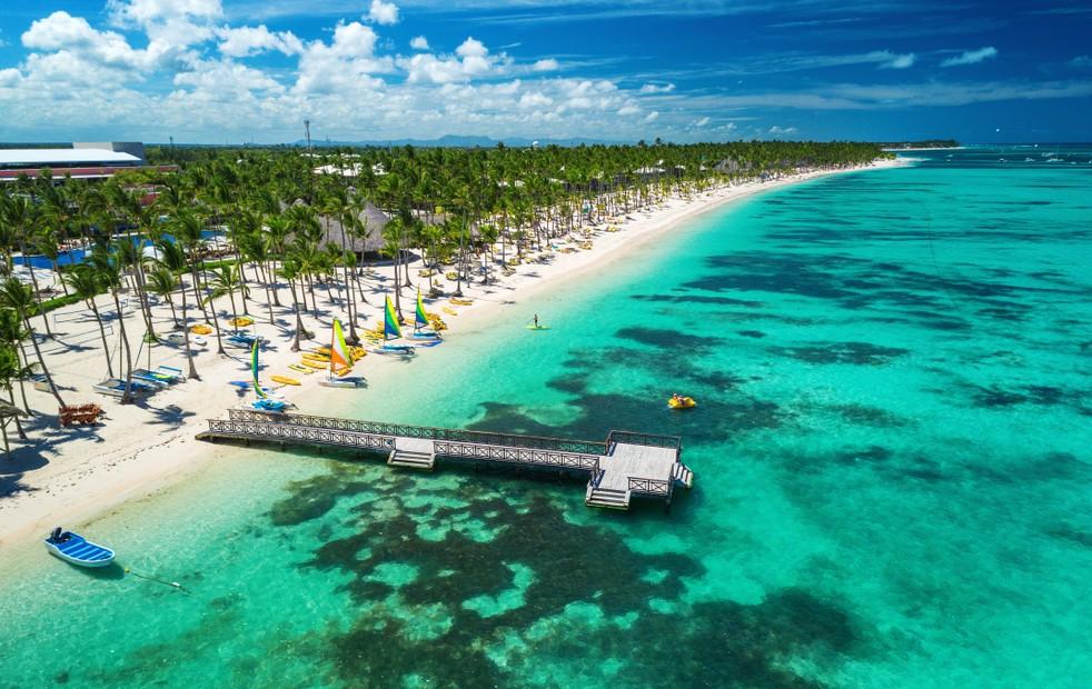 """Ein Erfahrungsbericht über einen Urlaub in einem Glückshotel. Ort des Geschehens ist jedoch nicht die Türkei, sondern Bavaro in Punta Cana. Das Hotel ist das """"Riu Taino"""". (#4)"""
