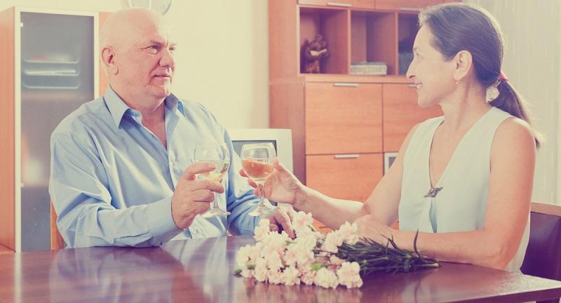 Senioren, die sich bei Platinnetz registrieren, müssen sich zunächst anmelden und ein Profil ausfüllen.