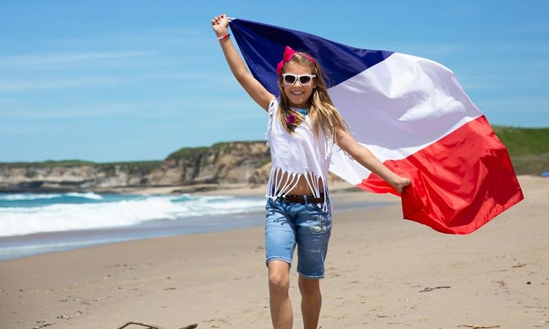 Wer eine Vollzeitstelle in Frankreich antritt, der arbeitet etwas weniger als in Deutschland.