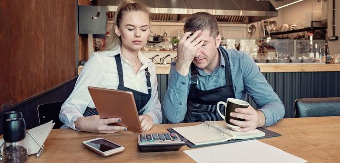 Kredit ohne Schufa: Sofort-Darlehen ohne Einkommensnachweis ( Foto: Shutterstock- dpVUE .images)