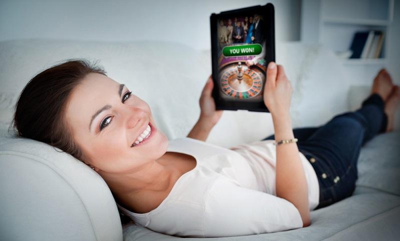 Die Lizenz ist die wichtigste Voraussetzung dafür, wenn jemand ein Online Casino gründen und führen möchte. ( Foto: Shutterstock-wavebreakmedia )