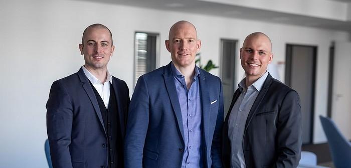 InnoCigs Geschäftsführung: Dustin Dahlmann (CFO), Dennis Dahlmann (CEO) und Henning Sievers (CSO) (Foto: InnoCigs)
