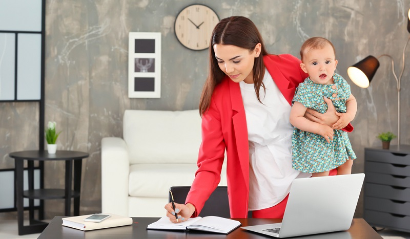 Nicht nur der Arbeitnehmer kann den Wunsch des Arbeitgebers, ihn im Home-Office arbeiten zu lassen, ablehnen.( Foto: Shutterstock-Africa Studio)